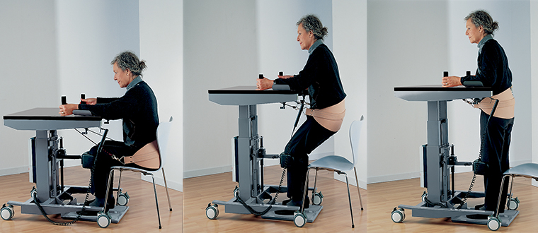 get up table stand and sit / Get-Up stå/støttebord with user